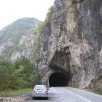 Зайка и туннель